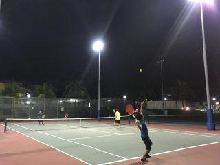 27)シンガポールの交通事情と一番強いテニスサークル